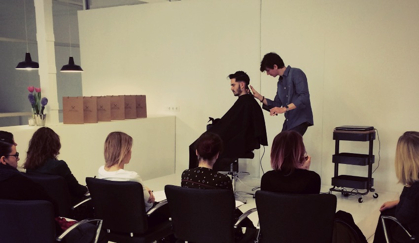 the art of barbering course barcelona hair academy